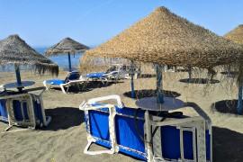 Playa_sombrillas
